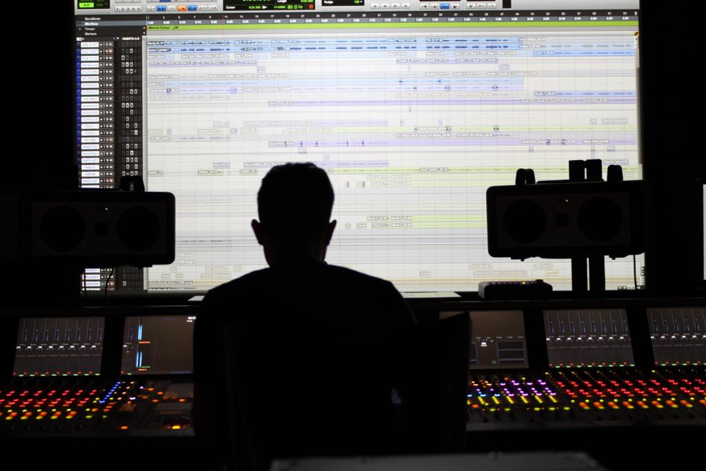 DJ Ell Studio Spain