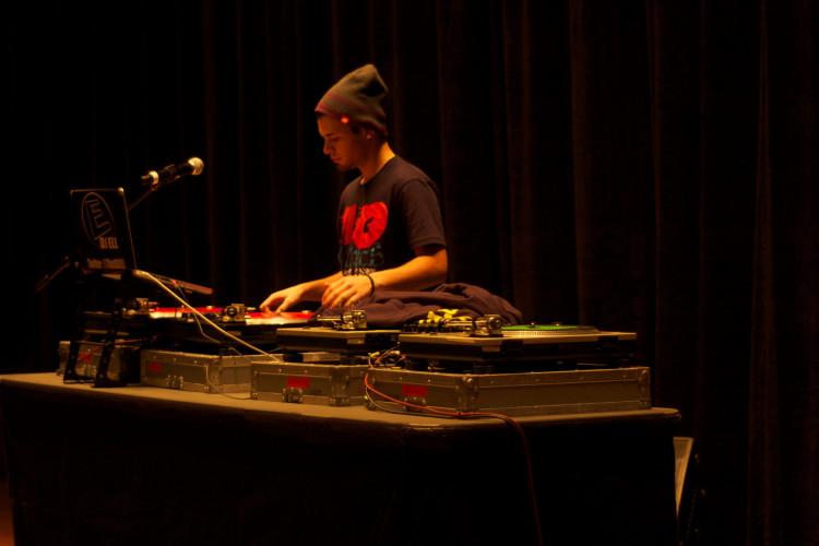 DJ Ell Curren$y Concert