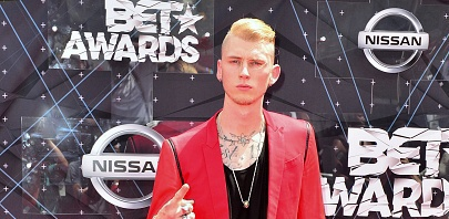 Machine Gun Kelly Alt